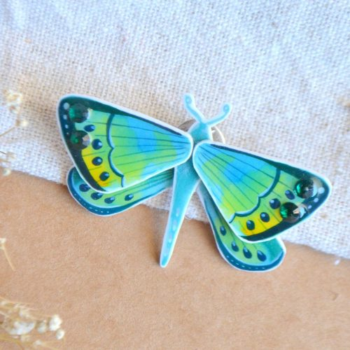 Pin mariposa verde